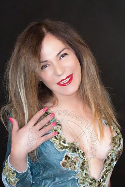 Alessandra   3394896833